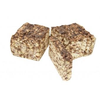 Nougat met chocolade en noten
